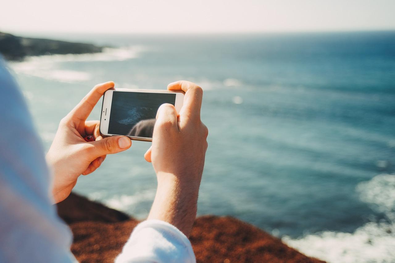 Manfaat Lain Kamera Ponsel